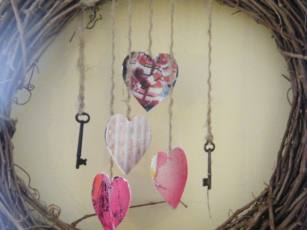 Easy Valentine's Day Wreath Craft
