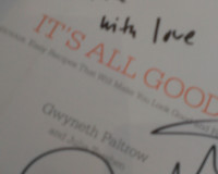 Gwyneth Paltrow Signature