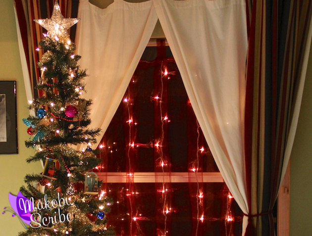 Decorating your home for the holidays with brylane home for Brylane home christmas decor