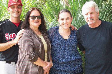 planning a memorable family reunion